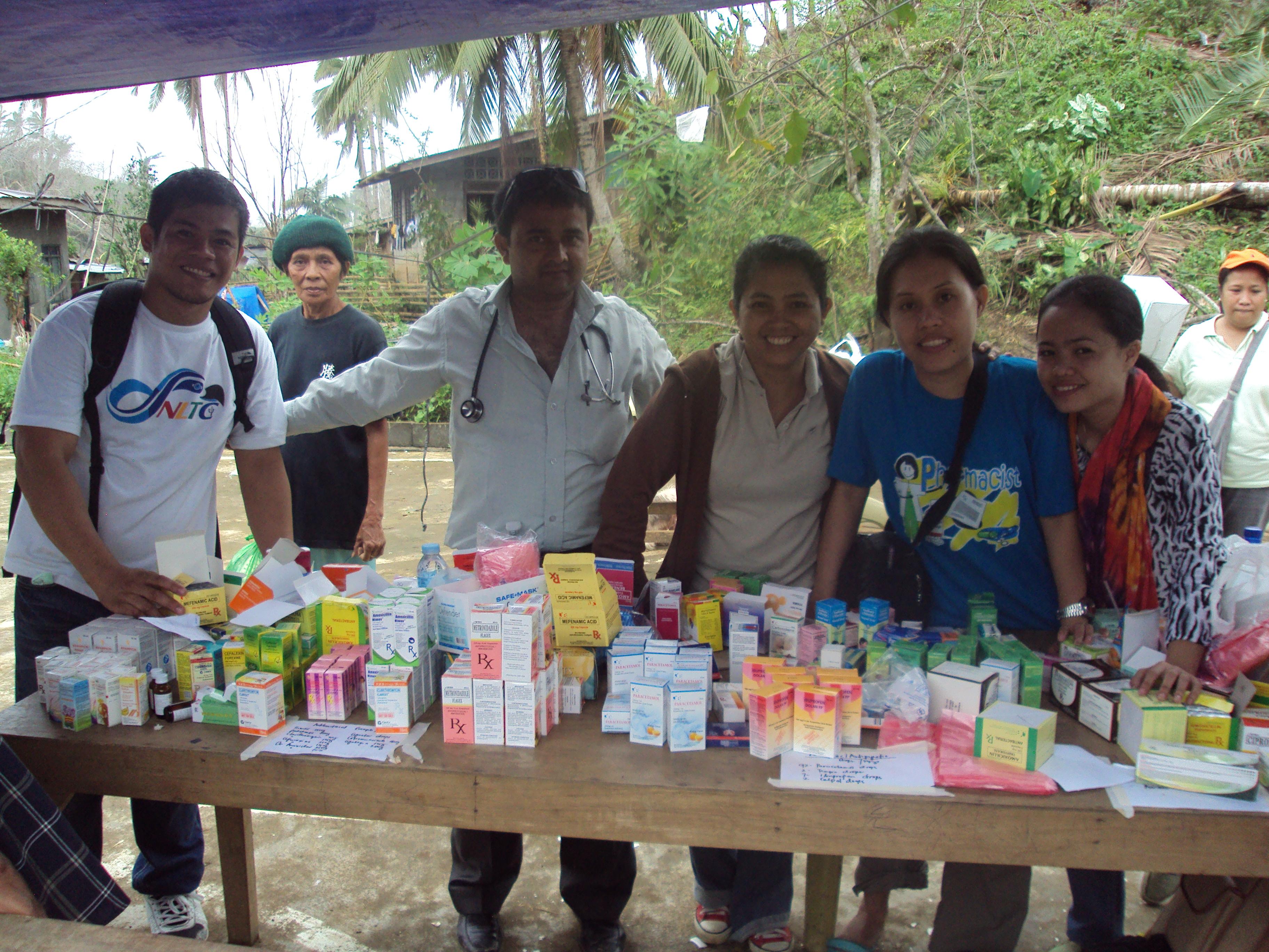 "12 Health Care Program for natural disaster response ""Typhoon Haiyan"", Philippines 2013"